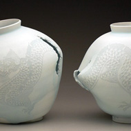 Moon Jars with Dragon